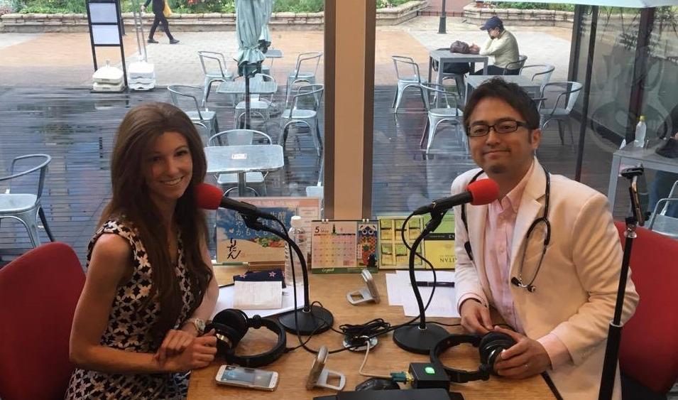 西澤ロイが「バイリンガル放送」に挑戦する理由